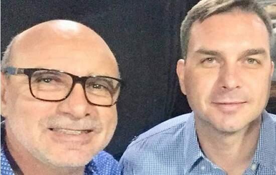 Em depoimento, Queiroz dia que 'deu satisfação' a Flávio Bolsonaro