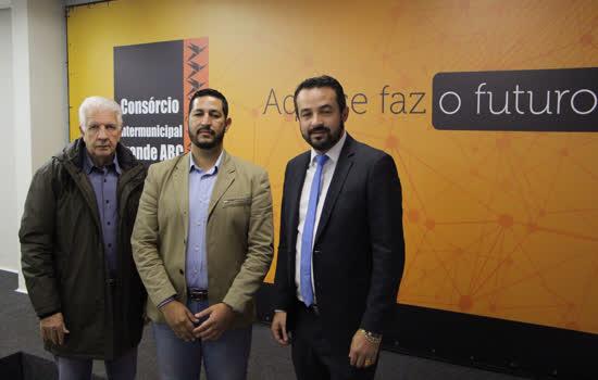 Da esq. p/ a dir., Edgard Brandão, Devanir Cavalcante de Lima e Eduardo Barros de Moura