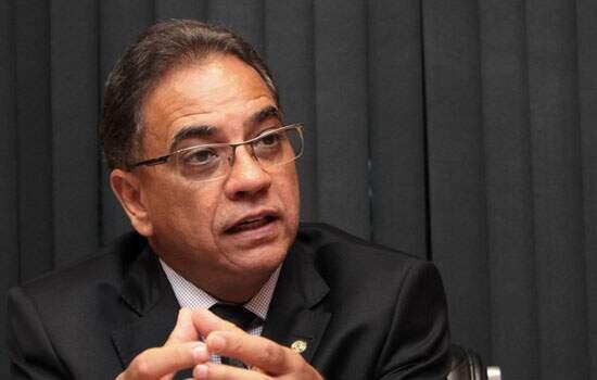 Considerado aliado de Cunha, Ronaldo Fonseca vai relatar recurso na CCJ