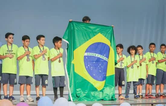 Santo André homenageia destaques da 50ª edição dos Jogos Escolares