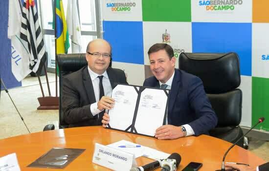 Prefeito Orlando Morando assina termo de cooperação com Amazon Web Services para oferecer programas educacionais em computação em nuvem