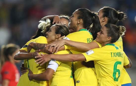 A seleção brasileira precisa empatar o jogo contra a Itália para seguir para a próxima fase