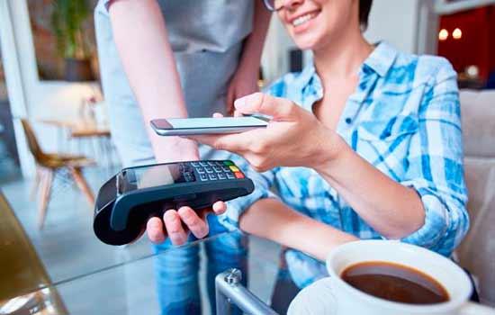 Tecnologia NFC e QR Code: formas de pagamento além do cartão e do dinheiro