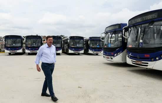 Prefeitura de São Bernardo entrega novo pátio de ônibus no Taboão