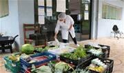 Por meio de recursos federais, Prefeitura está reforçando alimentação e adquirindo itens para proteção e higienização nas instituições da cidade - Continue lendo