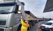Itens de alimentação e higiene foram entregues aos caminhoneiros no Sistema Castello-Raposo e no trecho oeste do Rodoanel como forma de apoio aos profissionais de transporte - Continue lendo