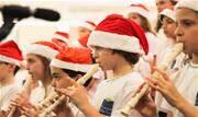 Alunos do Instituto Sagrada Família abrem a temporada da tradição de Natal - Continue lendo