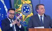 """Crítico a medidas de isolamento social Bolsonaro afirmou hoje, 5, que avalia editar um decreto para garantir a """"liberdade de culto, de poder trabalhar e o direito de ir e vir"""" - Continue lendo"""