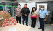 Empresa doou 300 mil unidades de bandagem antisséptica, além de um refrigerador e 2 freezers verticais para armazenagem de imunizantes - Continue lendo