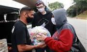 Itens foram destinados a famílias do Jardim Alzira Franco e comerciantes do Boulevard Itambé em prol da campanha Santo André Solidária - Continue lendo