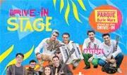 Em estreia, o drive localizado no estacionamento do Parque Burle Marx traz shows das bandas Rastapé e Bicho de Pé, cenografia junina e comidas típicas  - Continue lendo