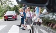 Saiba como família e escola podem incentivar e conscientizar crianças para formar cidadãos responsáveis, seja como motoristas, passageiros ou pedestres - Continue lendo