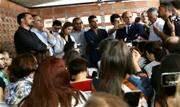 Governador atendeu a pedido das famílias das vítimas e 38 agentes ao todo atuarão somente em atividades administrativas até a conclusão das investigações - Continue lendo