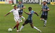 Com gol de Diego Souza, clube gaúcho bate Fluminense por 1x0 - Continue lendo