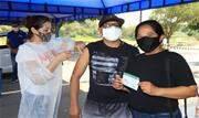 Cinco postos funcionaram neste sábado (18/09); Parque da Gruta e Atacadão Itapark imunizarão neste domingo (19/09), das 9h às 14h - Continue lendo