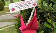 Visitantes e moradores puderam levar para casa tsurus de origami, elementos da cultura oriental que simbolizam paz, prosperidade, saúde e amor - Continue lendo