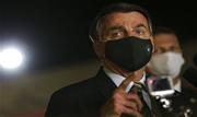 Bolsonaro vetou integralmente o projeto que previa indenização de R$ 50 mil aos profissionais de saúde incapacitados após contraírem o novo coronavírus  - Continue lendo