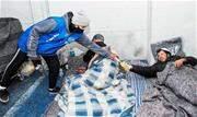 Temperaturas podem chegar a 4° C; município possui 180 vagas em abrigos. Prefeitura disponibiliza contato pelo WhatsApp e telefone para a população informar a localização dos desabrigados - Continue lendo