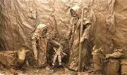 Artista da região expõe esculturas feitas de papel pardo - Continue lendo