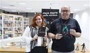 Beatriz Sernagiotto e S.R. Saldanha lançaram seus livros no evento Fest Jovem - Continue lendo