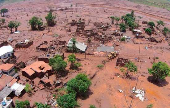 Cidade de Mariana após rompimento da barragem