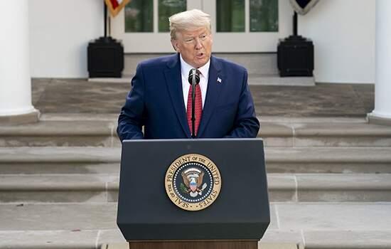 Trump defende estratégia dos EUA contra a pandemia